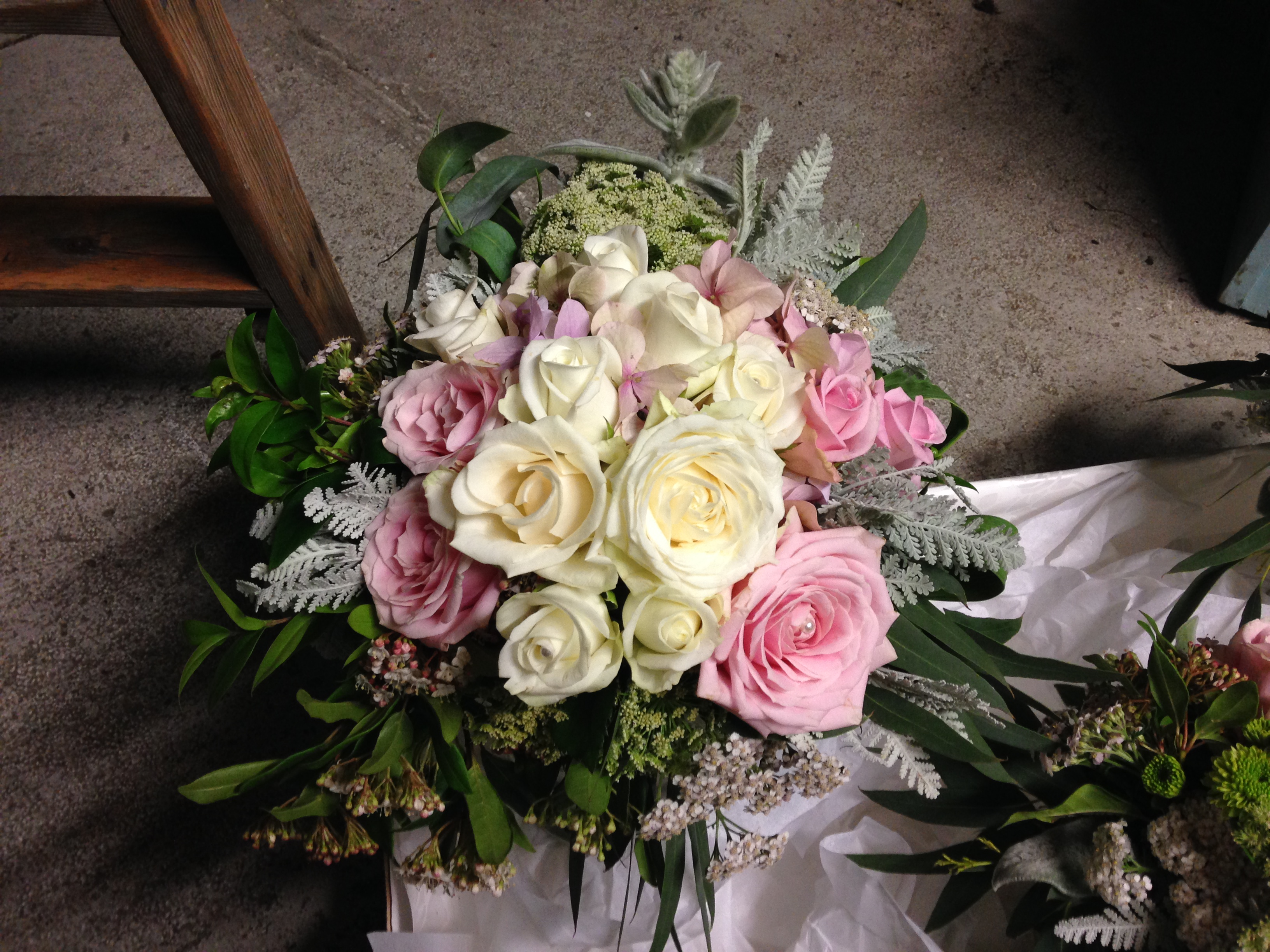 All for love flowers flower delivery every reason invercargill izmirmasajfo